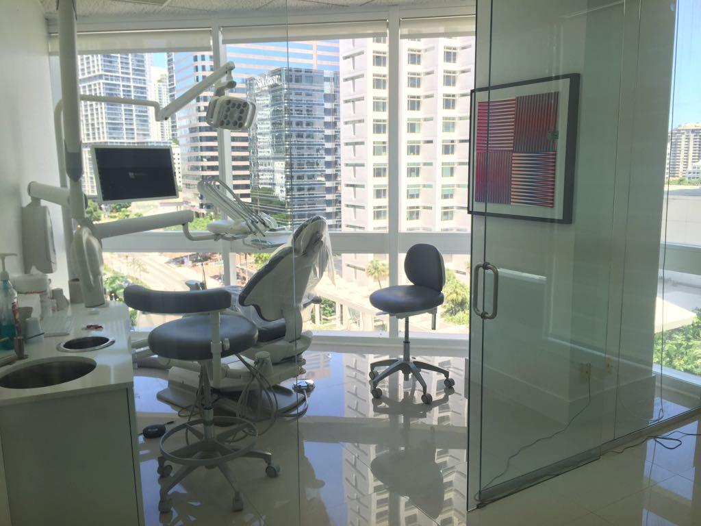 Brickell Dental Associates - Cosmetic Dentistry